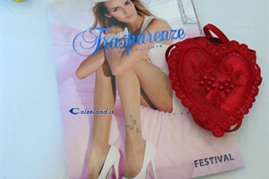 Festival pantyhose with heart shaped thong - Pack with tights and thong in the shape of a heart.)